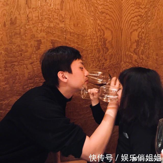 邓超孙俪结婚7周年晒合照,两人越长越像