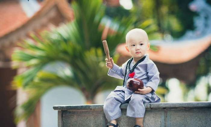 越南小和尚被女施主纠缠:大哭喊师傅在哪 - 一统江山 - 一统江山的博客