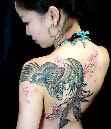 男生是怎么看待有纹身的女孩呢