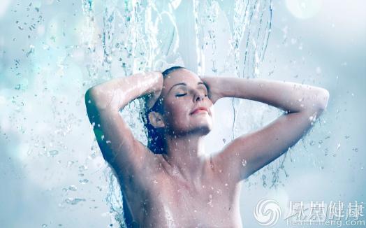 洗澡经常洗某些部位 寿命就越长久 - 囧为 - 囧为家园