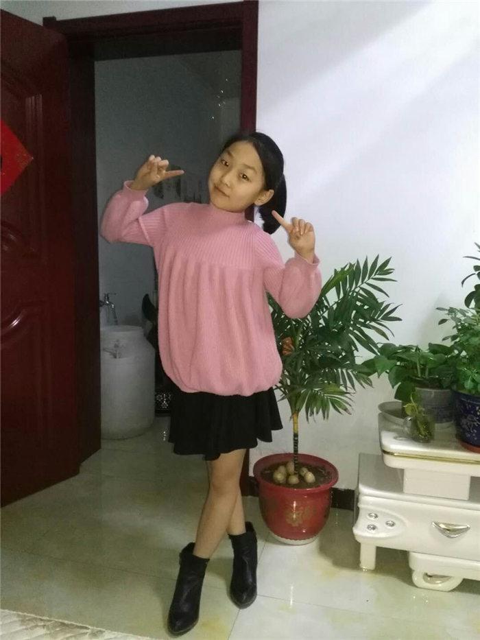 姜尚青、翁雅贞a小学通过审核成为红领巾小记者性槽小学读本吐引图片