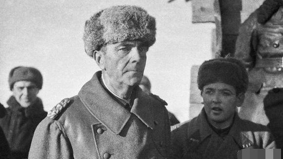 斯大林儿子被俘,希特勒用德军元帅交换,斯大林的回答震撼世界 -缘分