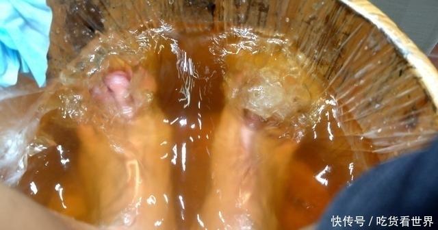 艾草+生姜,每天这样泡脚,祛湿效果翻倍,许多人都不知道
