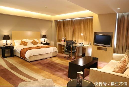 入住酒店时,床上如果看到一样东西,切记要和前台申请退房