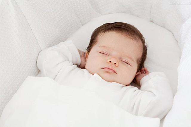 0-1岁宝宝睡觉有禁忌,难怪妈妈们总抱怨孩子晚上不睡觉